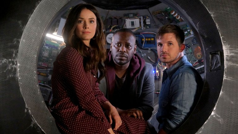 timeless-abigail_spencer_as_lucy_preston_malcolm_barrett_as_rufus_carlin_matt_lanter_as_wyatt_logan-publicity_still-h_2018