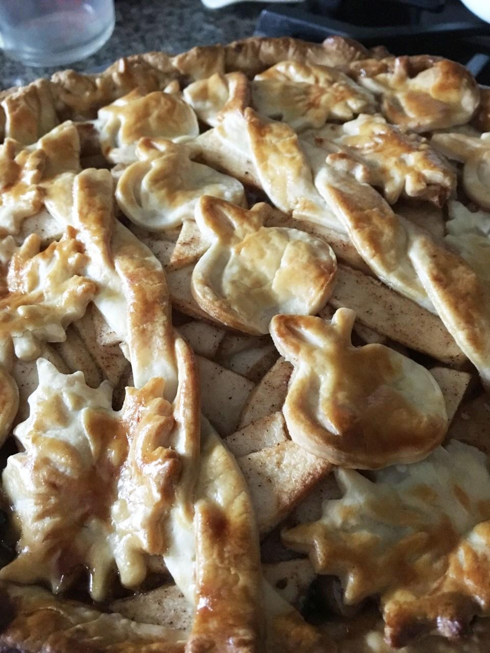 Apple Pie - Cutouts & Braided Lattice 2