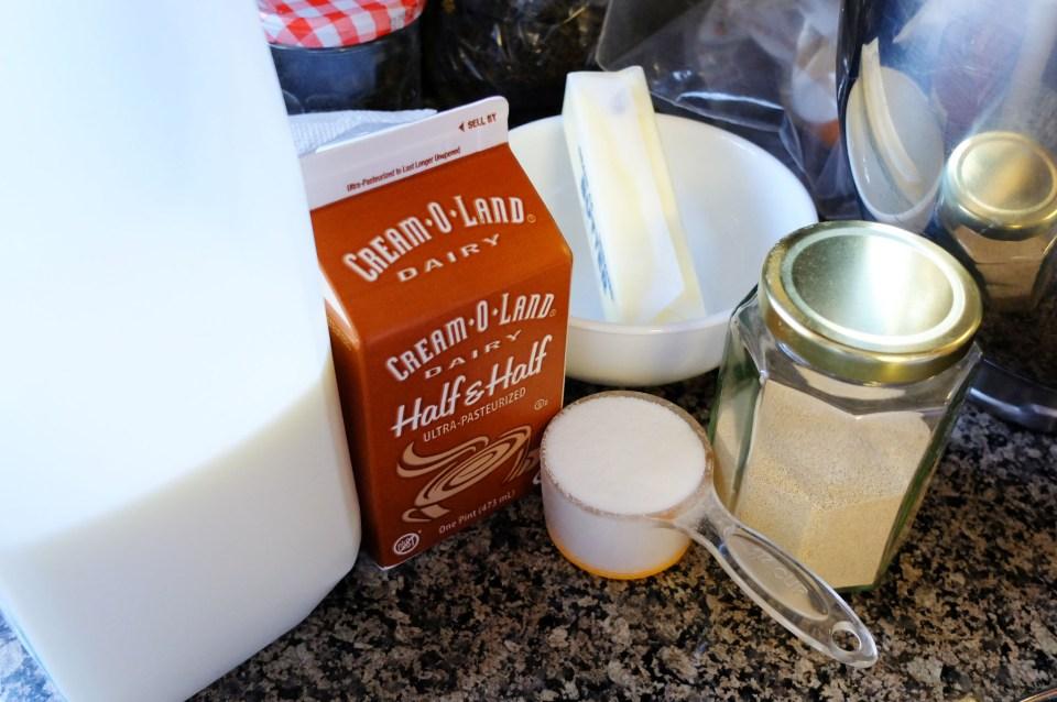 Cinnamon Roll - Ingredients