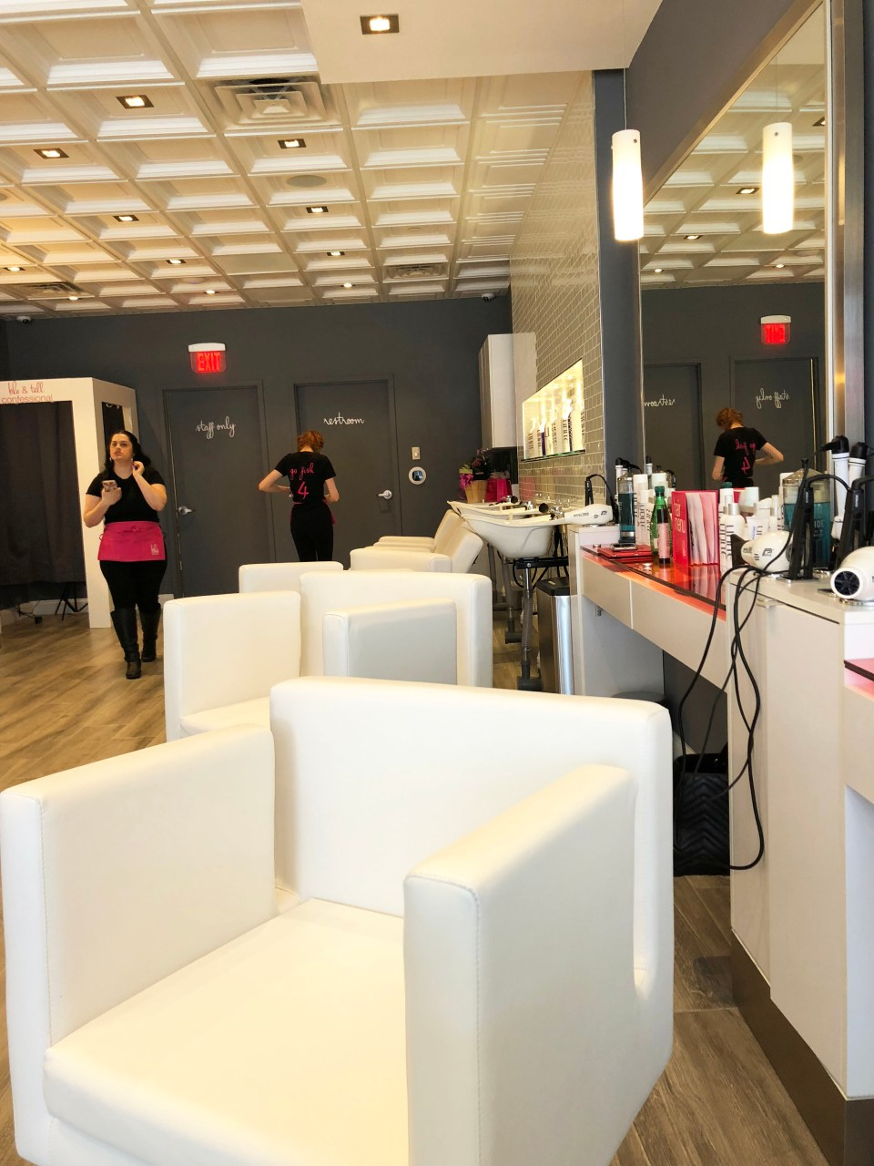 Blo Blow Dry Bar - Franklin Lakes 2