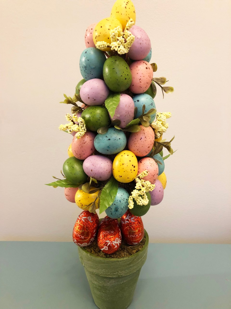 Easter Egg Table Topiary 3