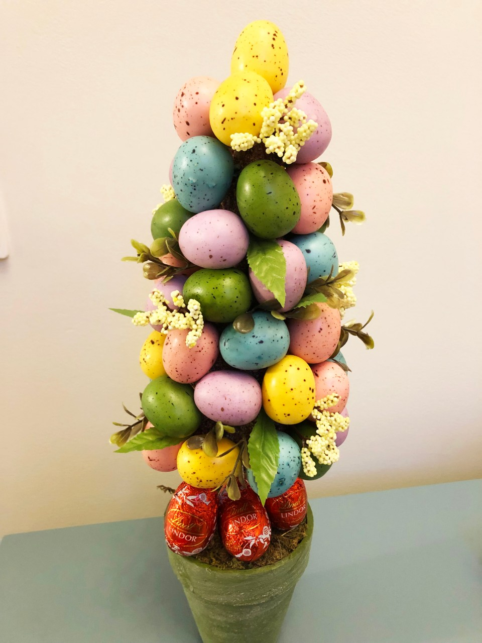 Easter Egg Table Topiary