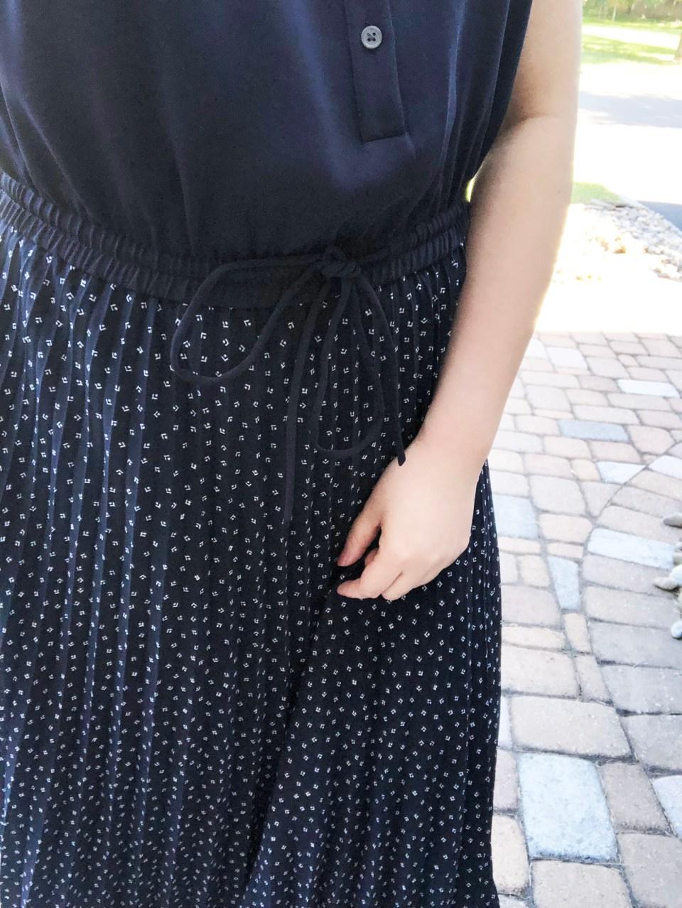 Geo Pleated Henley Dress 20