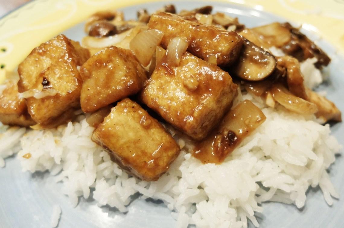 Spicy Peanut Tofu Stirfry
