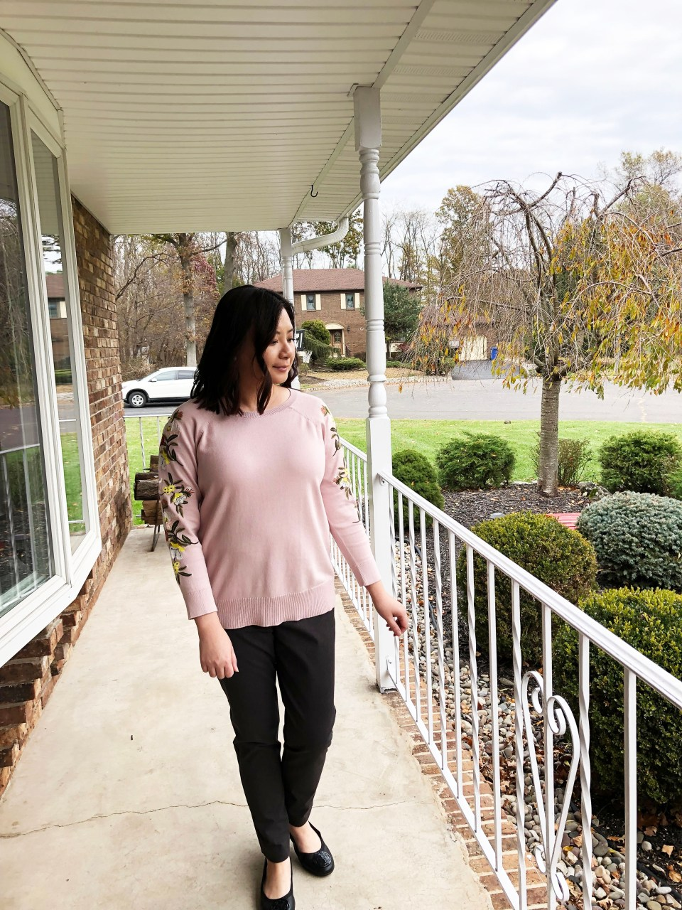 Embroidered Floral Sleeve Sweater 10