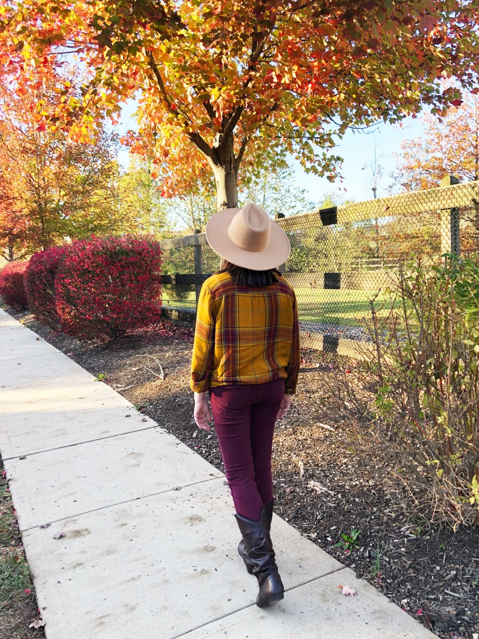 Wide Brim Hat 6