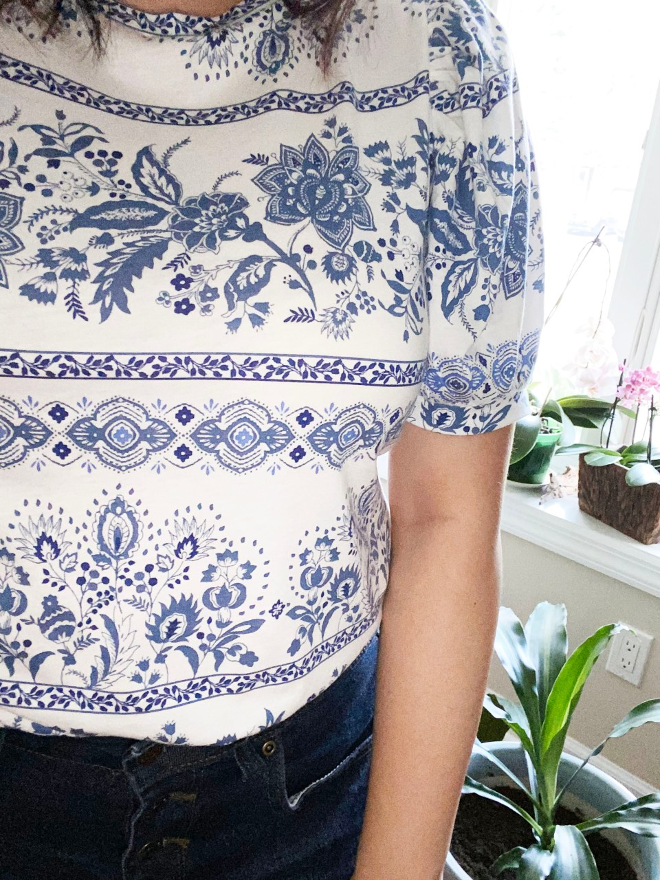 Blue & White Puff Sleeve Tee 15