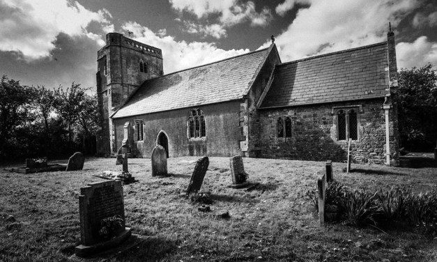 Create a grainy black and white effect in Lightroom