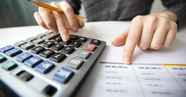 calculating personal finances