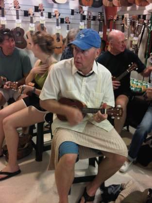 Gary: Ukulele Lessons 2012 Honolulu