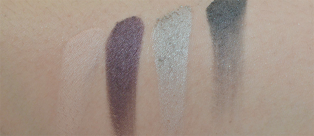 The PUR Vanity Palette is available in two colour themes, Dream Chaser the matte one, and a more night-time appropriate, playful palette called Goal Digger.
