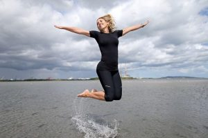 Pictured on Sandymount Strand in Dublin is Kathryn Thomas launching the Jacob's Crispbreads #RealMeMoments campaign, which is encouraging a more balanced approach to health and beauty. The vast majority (83%) of Irish women admit that their confidence is linked to their body weight and 1 in 5 females are not confident about their body or appearance. PIC:  MAXWELLS/Julien Behal