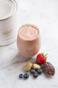 The Juicery_Boosting Berry Smoothie_150 dpi 1