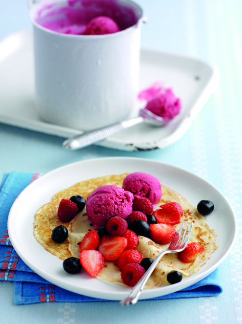 Pancakes with Berry Frozen Yoghurt post