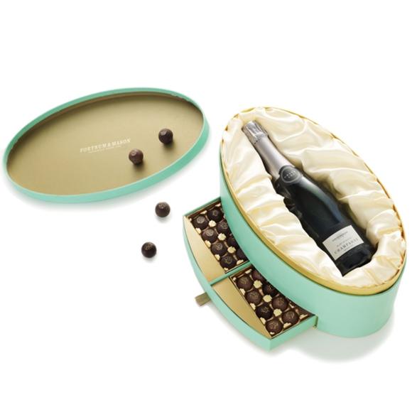 www.Lifeandsoullifestyle.com - Festive Hampers - Fortnum & Mason The Champagne & Salted Caramels Box