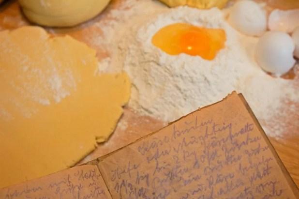www.lifeandsoullifestyle.com- vanilla cake recipe