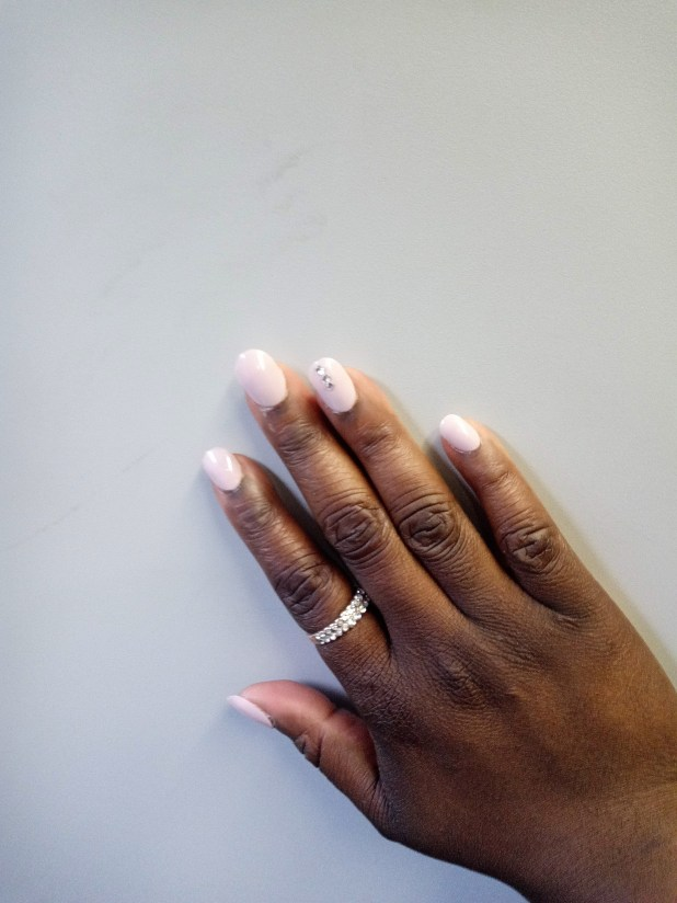 www.lifeandsoullifestyle.com – Eye catching summer nail designs to try