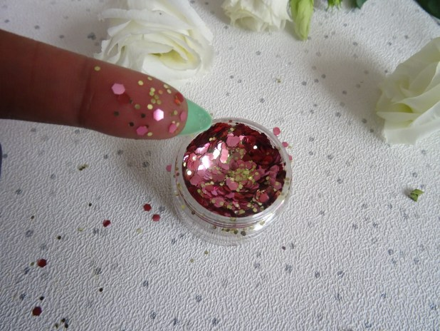 https://lifeandsoullifestyle.com - Barry M Glitter Glow Up Collection