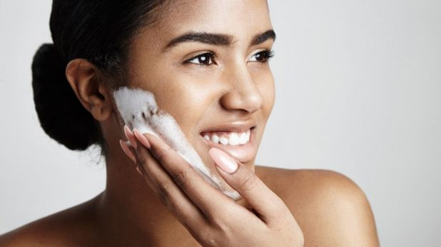 www.lifeandsoullifestyle.com – 7 habits to adopt for clear skin