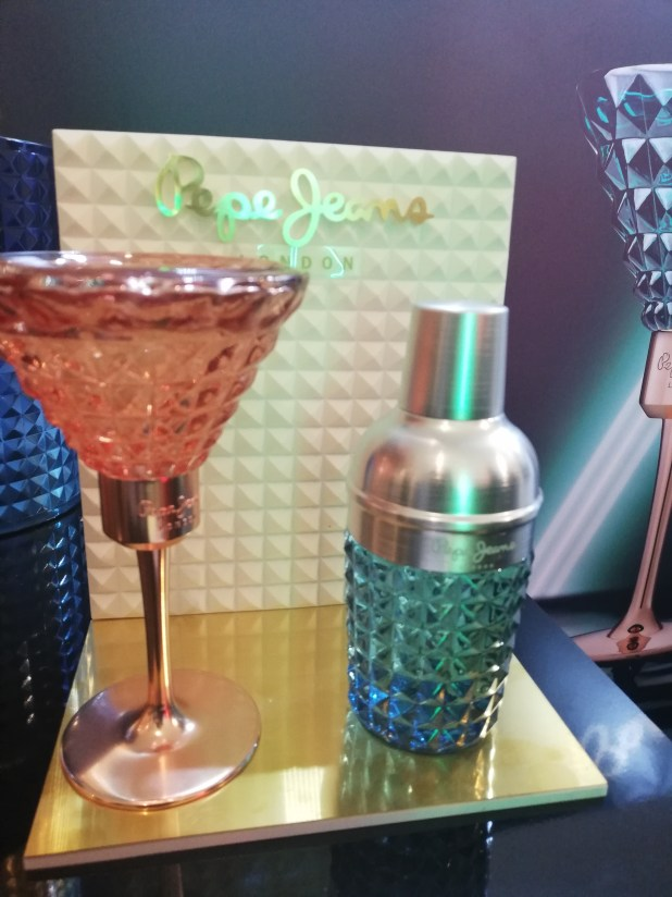 www.lifeandsoullifestyle.com – Christmas Gift Guide for Beauty Lovers