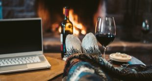 www.lifeandsoullifestyle.com – Warming wines to cosy up with this autumn