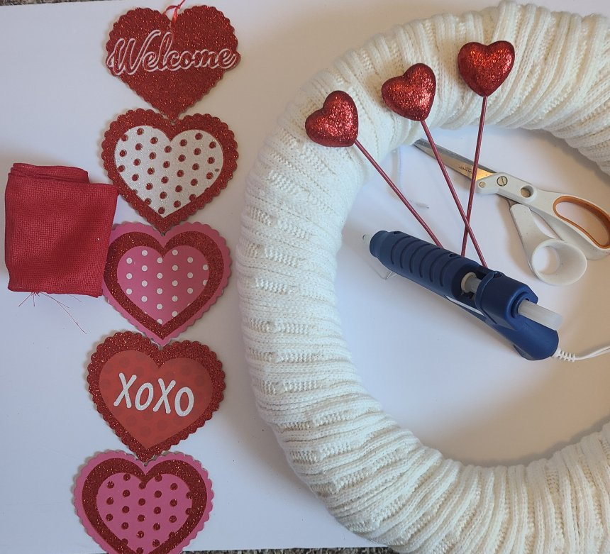 Supplies needed for a Valentine's wreath