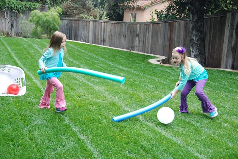 7 Outdoor Pool Noodle Games
