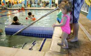 10 Tips to Make Swim Lessons Easier + How Goldfish Swim School Helps!