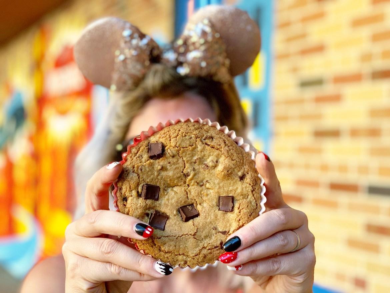 10 Walt Disney World Snacks You Must Try