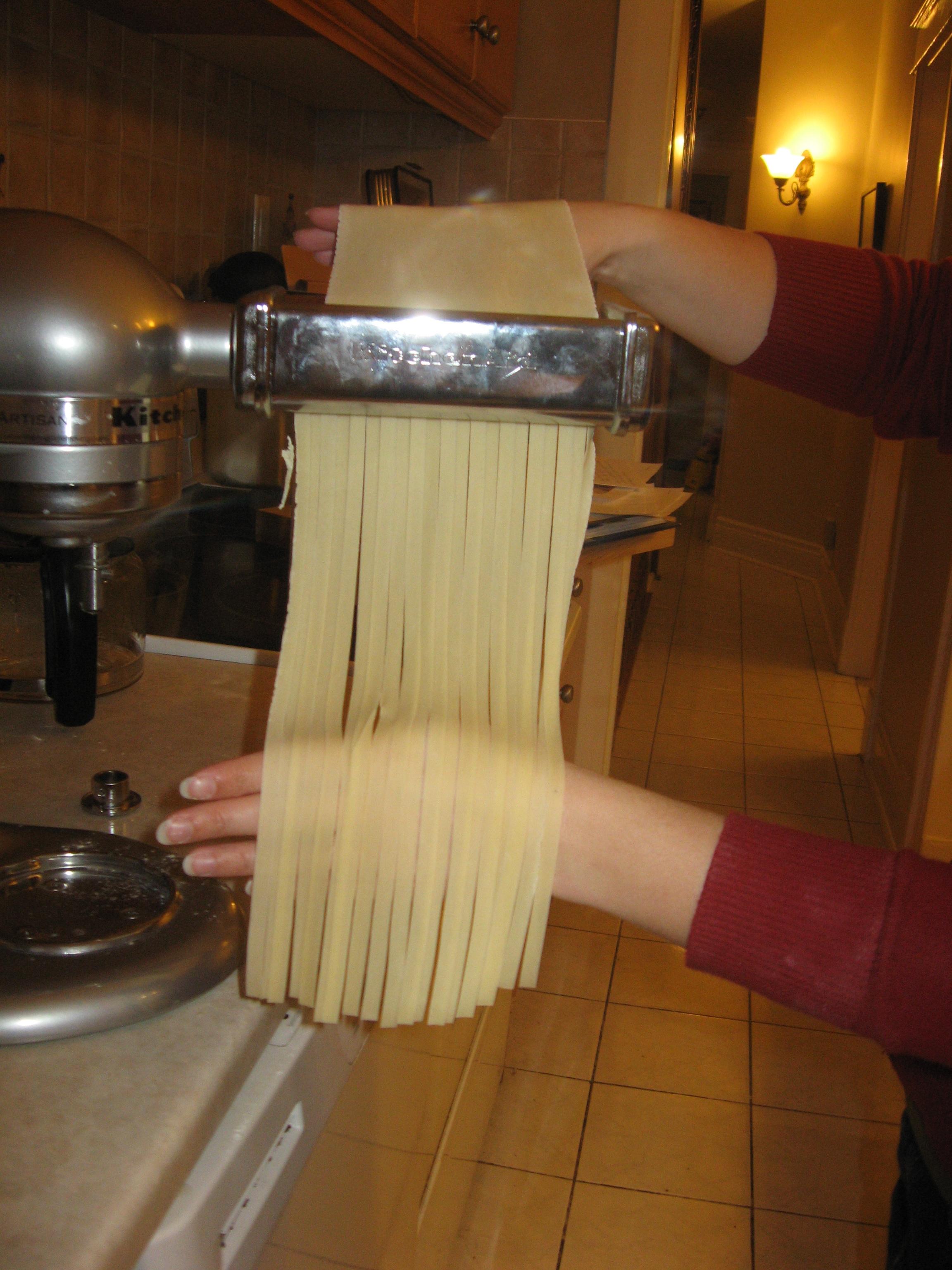 Cutting into Fettucini