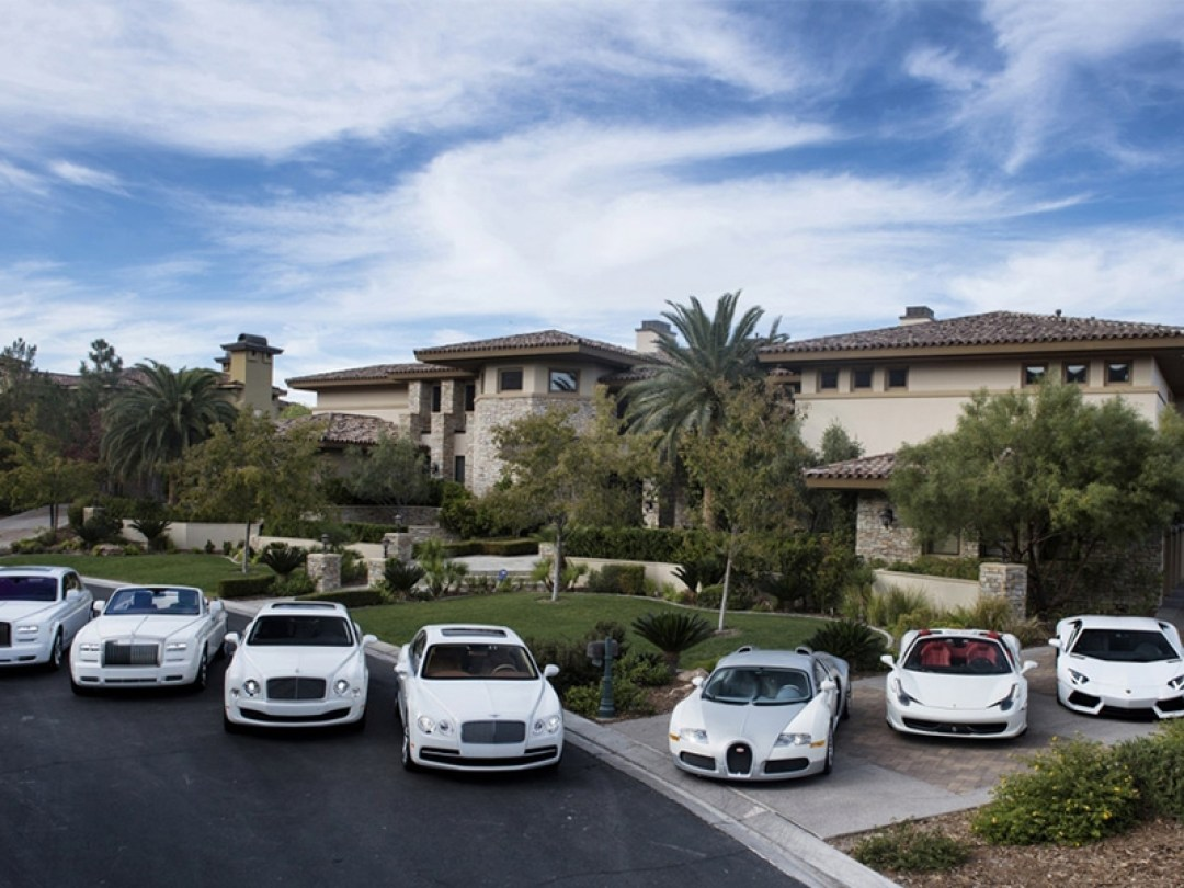 Floyd Mayweathers car's - Estimated at almost 10 million | Life Beyond Sport