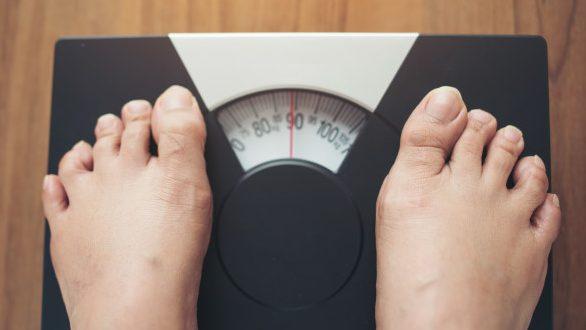 體重變化很大的3大原因,一天可以胖2公斤嗎?