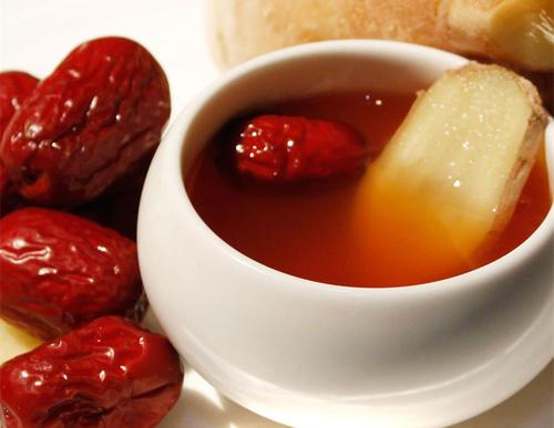 薑棗茶做法和好處,喝一杯祛濕氣、護脾胃、足氣血!