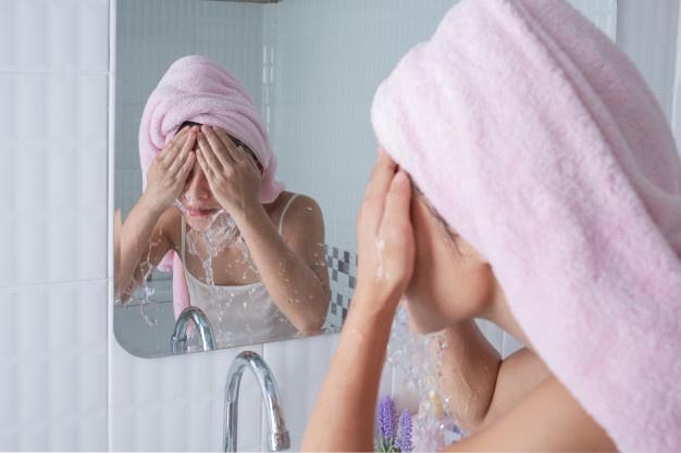 不化妝也要卸妝嗎?破解洗臉方法的8大謬誤!