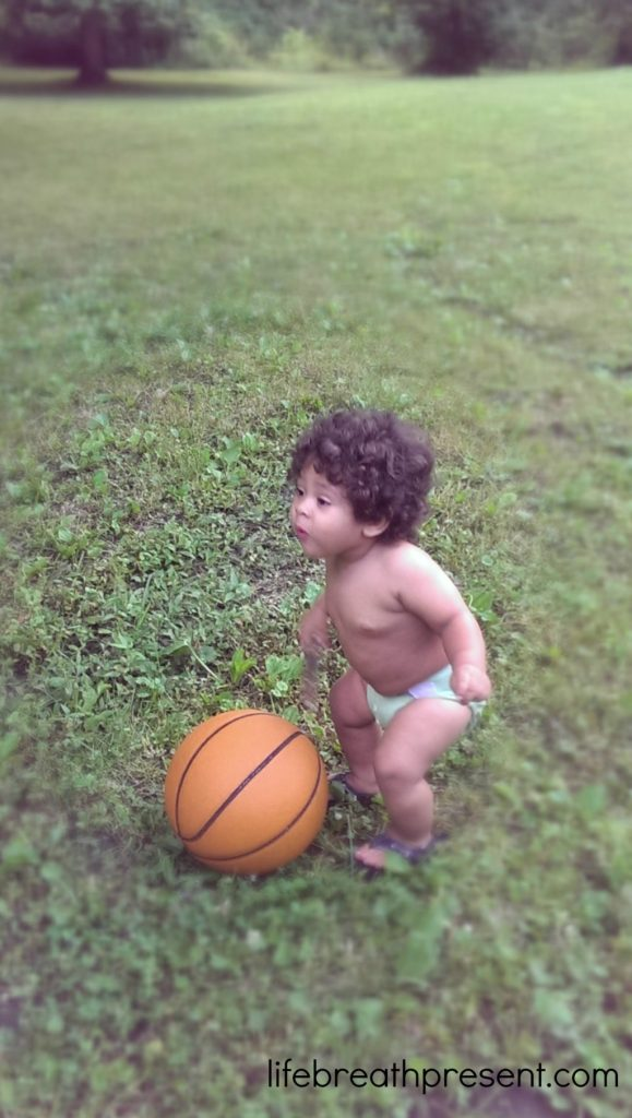 baby, toddler, ball, playing, play, outdoors, unedited