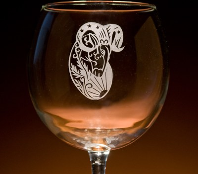Glass with a Twist – Personalized & Engraved Glassware