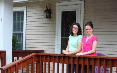 LIFE Stories: Amanda and Stephanie, roommates for LIFE
