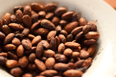 herbed almonds cooked in the crockpot