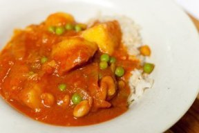 Vegetarian Peruvian Stew  https://lifecurrentsblog.com #Peruvian #stew #vegetarian #veggies