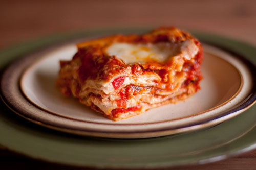 vegetarian lasagna with red peppers and fresh mozzarella https://lifecurrentsblog.com #lasagna #comfortFood #yum #food #recipe #vegetarian