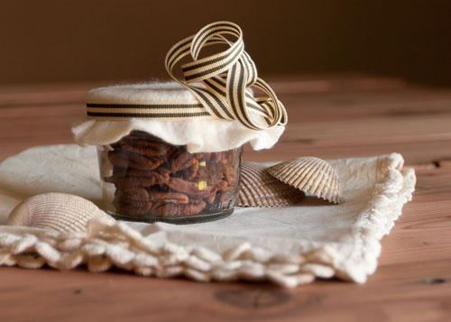 DIY Unique Handmade Christmas Gifts - Crisp Pecans
