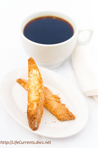 Almond Biscotti | Life Currents