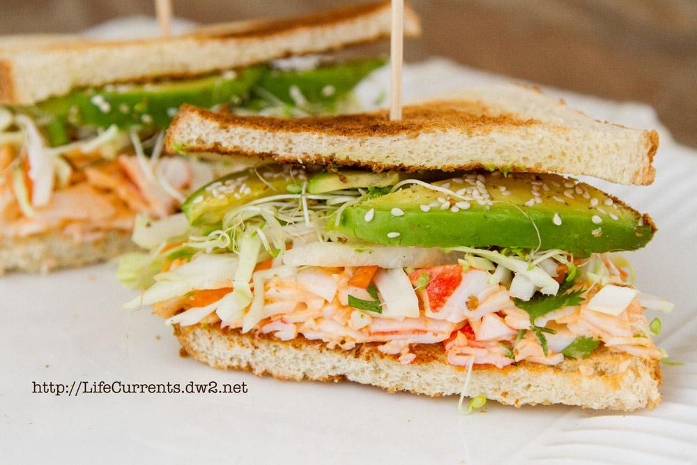 California Roll Sandwiches   Life Currents The Dan Roll: Teriyaki Steak Sushi Roll   Life Currents https://lifecurrentsblog.com California Roll Sandwich https://lifecurrentsblog.com #sushi #sandwich #fusion