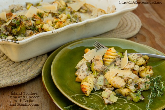 Garlic Mushrooms in Sour Cream featured recipe for Gnocchi with Mushrooms and Tuna