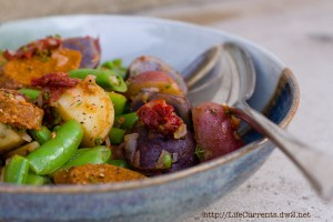 Spicy Sausage, Baby Potatoes, and Snap Peas | Life Currents https://lifecurrentsblog.com