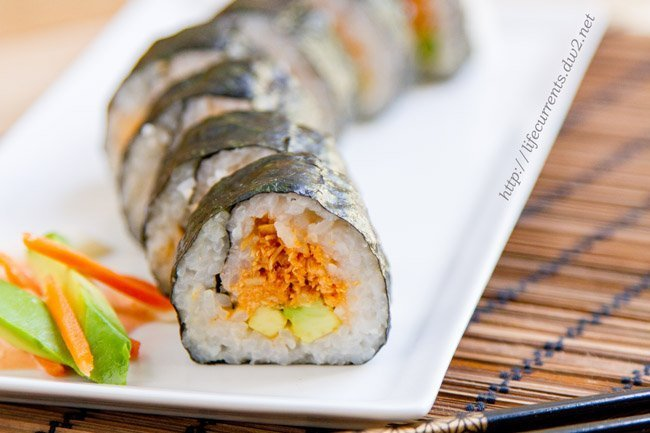 Island Trollers Spicy Tuna Roll - make your own sushi at home for Tailgating Snacks Month and see how awesome this appetizer is!