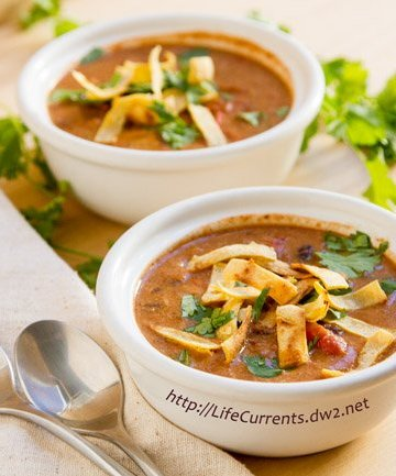 Slow Cooker Creamy Tortilla Soup is a great easy meal becaus eit's made in the crock pot. And, you can feel good about serving this vegan dish. http://lifecurrentsblog.com