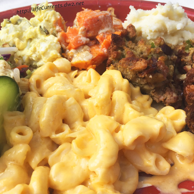Crock Pot Mac & Cheese A really tasty mac & cheese that can be made ahead of time and cooks in the crock pot or slow cooker so there's no last minute work. Perfect for any holiday or potluck!