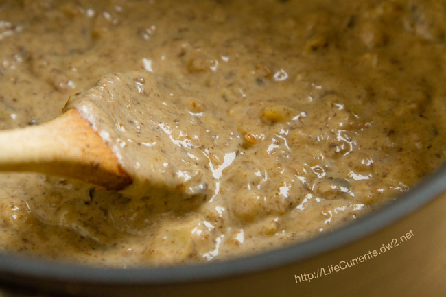 Homemade Cream of Mushroom Soup by Life Currents https://lifecurrentsblog.com