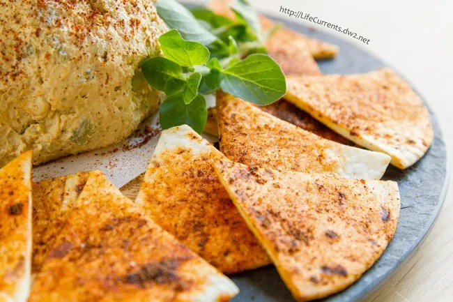 Mexican Cheese Ball with Spicy Tortilla Chips from Life Currents ... don't these chips look awesome!